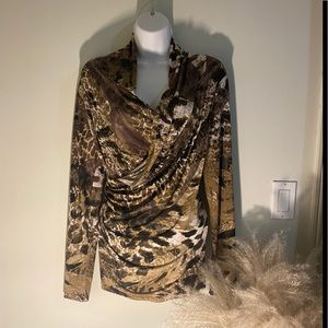 Long sleeve blouse with open front animal print